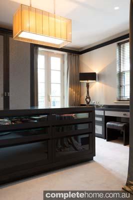 bespoke bedroom draws
