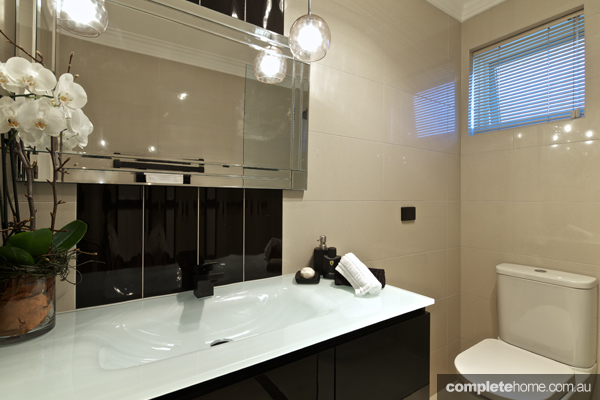 ... duo have outdone themselves with this chic and stylish bathroom