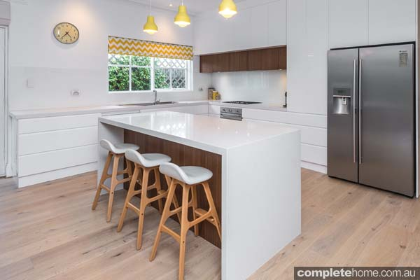 Contemporary Family Kitchen Modern White Gloss Design With Timber