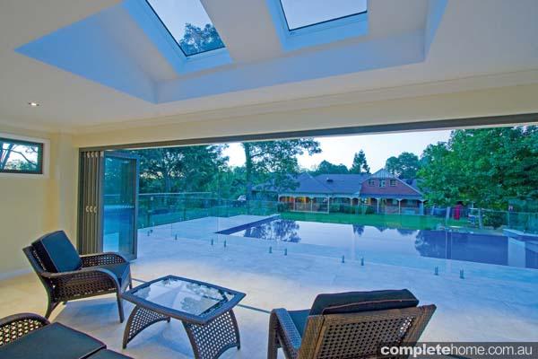 2-beauitful-pool-side-cabana