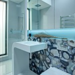Mixing patterns and textures to create an award-winning bathroom