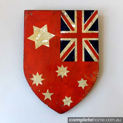 decorative_antique_flag