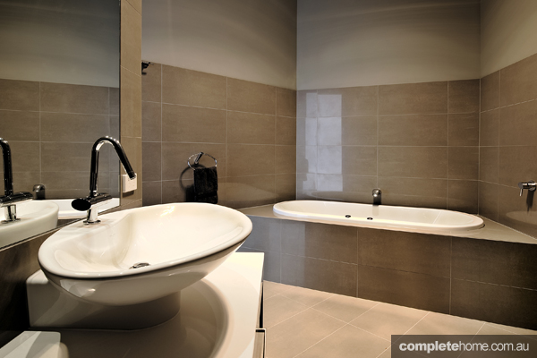 This modern ensuite retreat would make anyone happy!