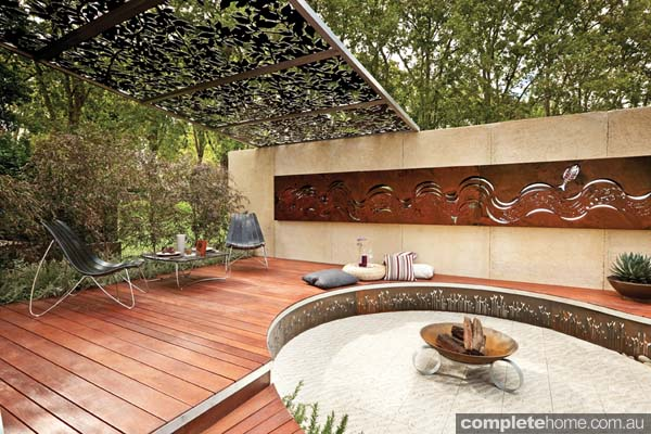 curved_backyard_design
