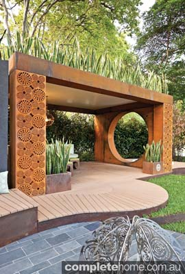 curved pavillion design