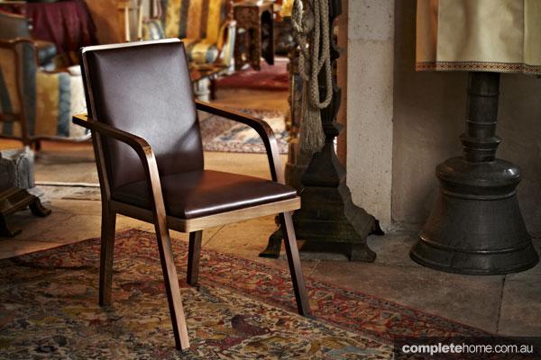 Zeynep Fadillioglu design - leather chair