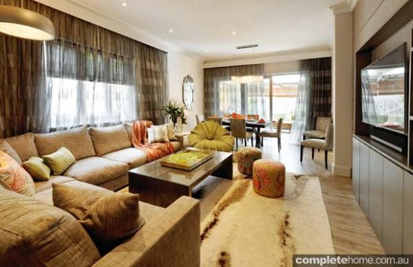 Franchi Powell Living room with Boston Tweed sofa