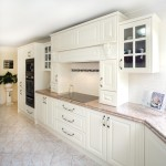 Classic kitchen with perfect proportions