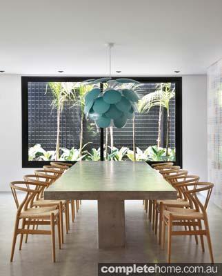modern_dining_area
