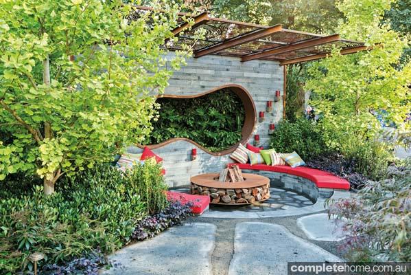 Showstopper gardens melbourne international flower for Cycas landscape design