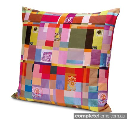 OTTOWAY_#100_cushion