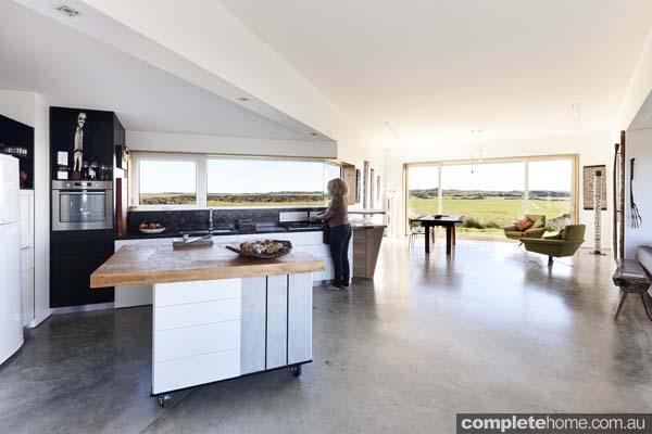 Grand Designs Australia King Island Whale Tail Completehome