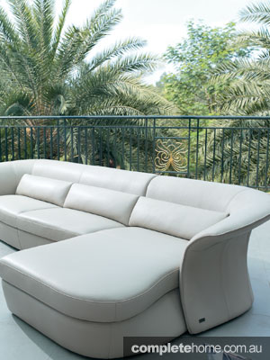 Beyond-pattinatore-sofa2