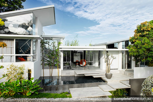 Cool Tropical And Contemporary Home Design Completehome