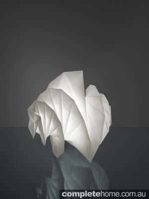 Folding lampshade