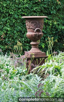 Soft, flowing and full of character, this front garden is a feast for the senses