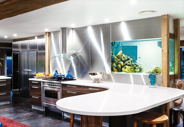 Sleek and stylish aquarium splashback