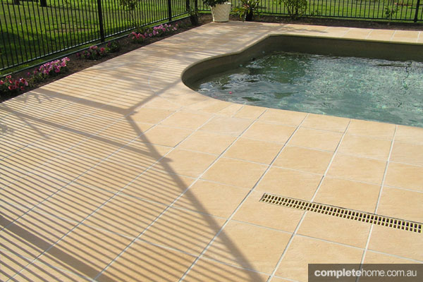 Paving for pools