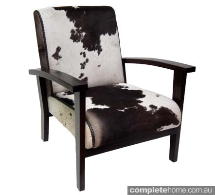 Cowhide plantation chair