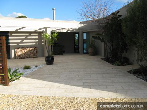 Top uses of natural stone completehome - Nature integrated houses perfect harmony ...