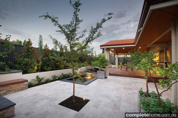 With a superlative design, this engaging garden perfectly matches the renovated home