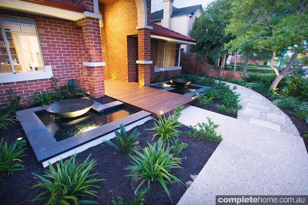 Tranquil and engaging garden design completehome for Tranquil garden designs