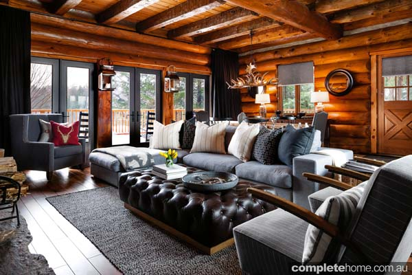 Forget yucky 1970's-style pine, this Canadian cabin uses wood with style.