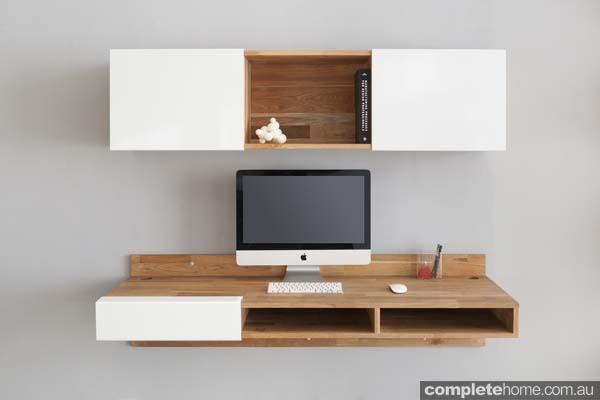 LAXseries_WM_Desk