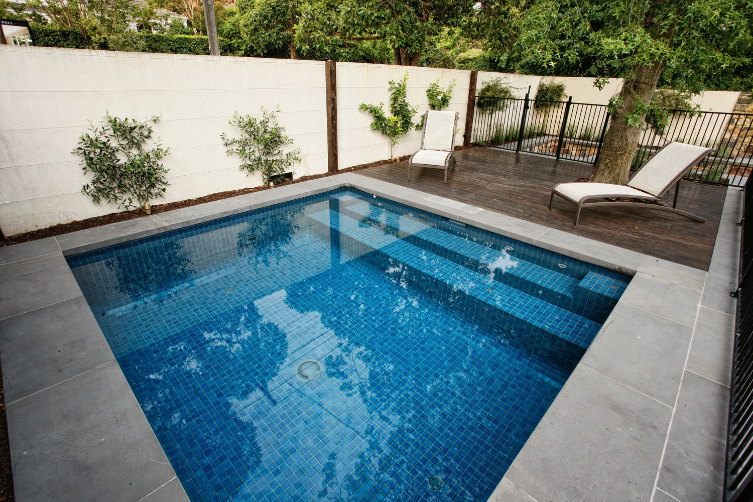 Designer paving touch completehome for Pool design 101