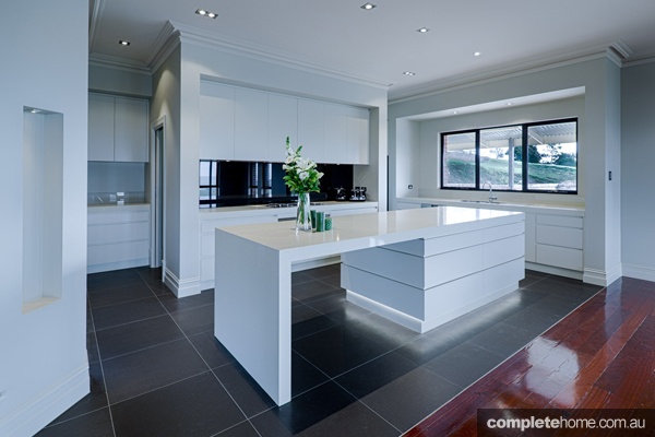Warm and welcoming kitchen design - Completehome