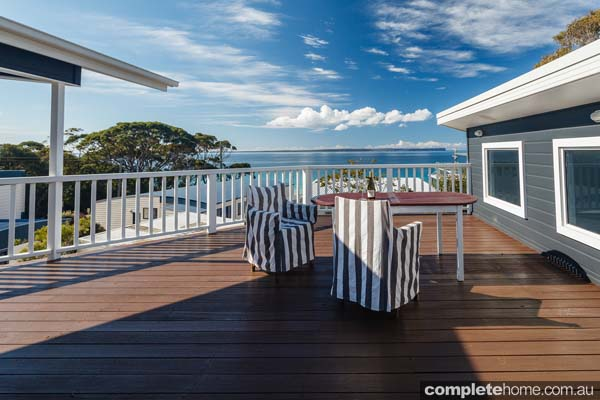 luxry_beach_chic_outdoor_room