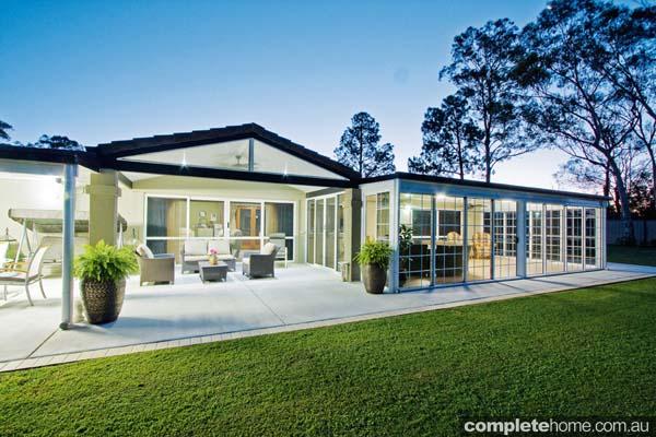 contemporary_patios