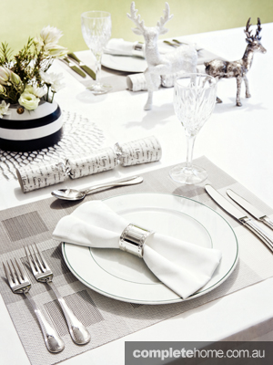 It doesn't have to be snowing to enjoy a white Christmas in Australia. Bring down the temperature and decorate your tables with glistening white crockery, sparkling glassware, gleaming cutlery and accessories for a contemporary look and a cool Yule