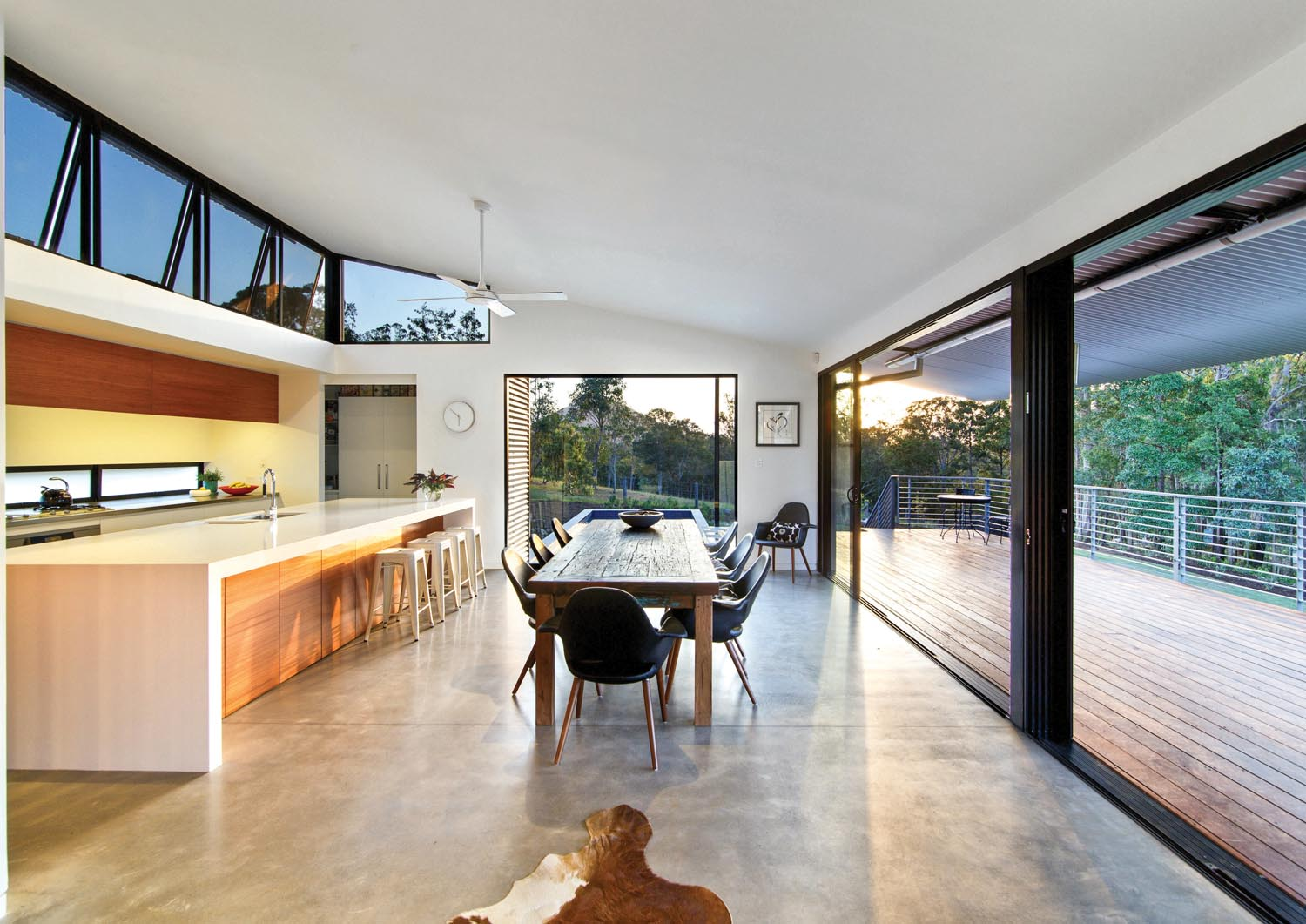 Grand Designs Australia: Linear & lovely tropical home ...