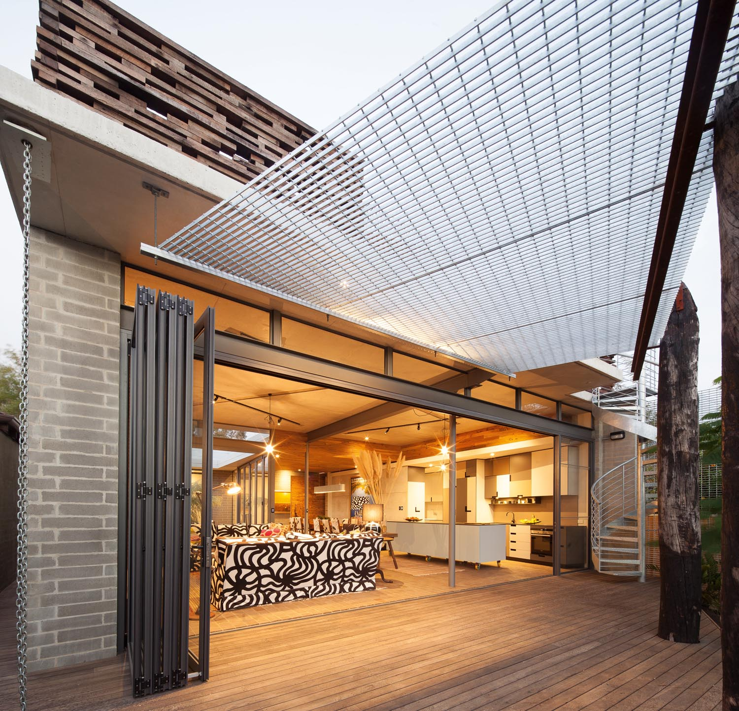 Grand Designs Presenter House: Grand Designs Australia: Origami House