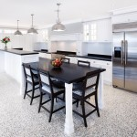 Elegant Hamptons style kitchen design