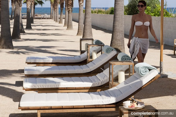 sun lounge pool furniture