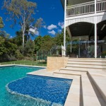 A touch of sand: Sandstone Brisbane backyard