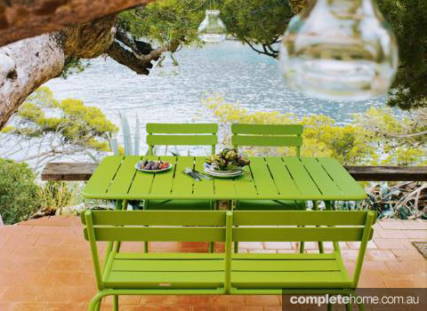 Colour code bright outdoor furniture completehome - Garden furniture colours ...