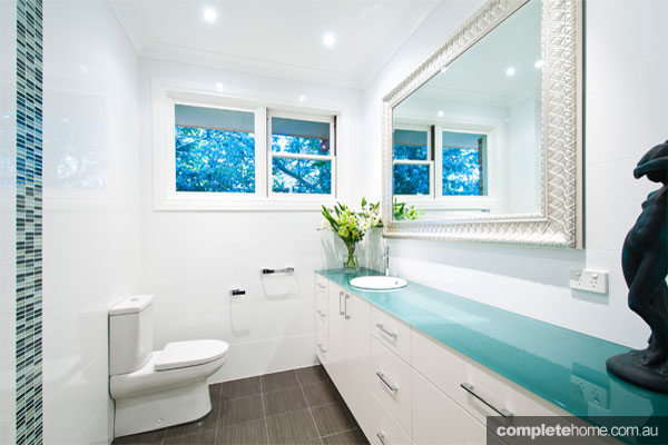 plp_240_Pymble-Powder-Room-1---W