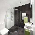 Deep Illusion: Natural-toned bathroom design