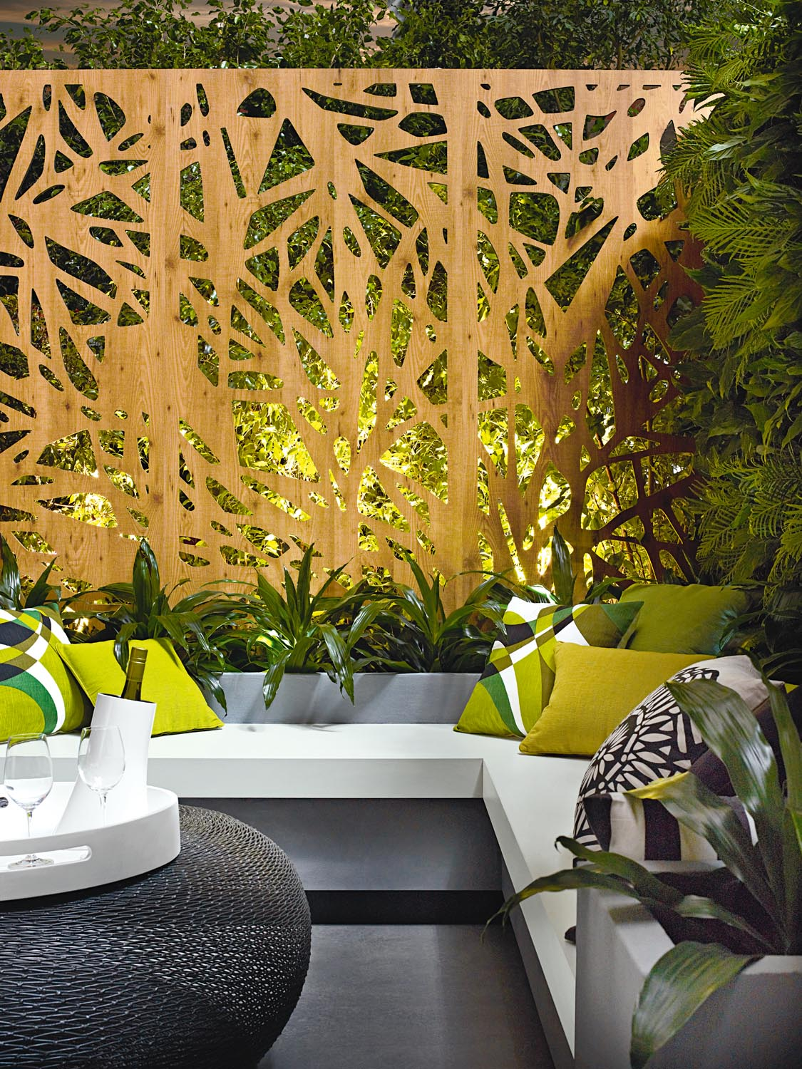 We love: This gorgeous outdoor entertaining area, complete with decorative metal screening