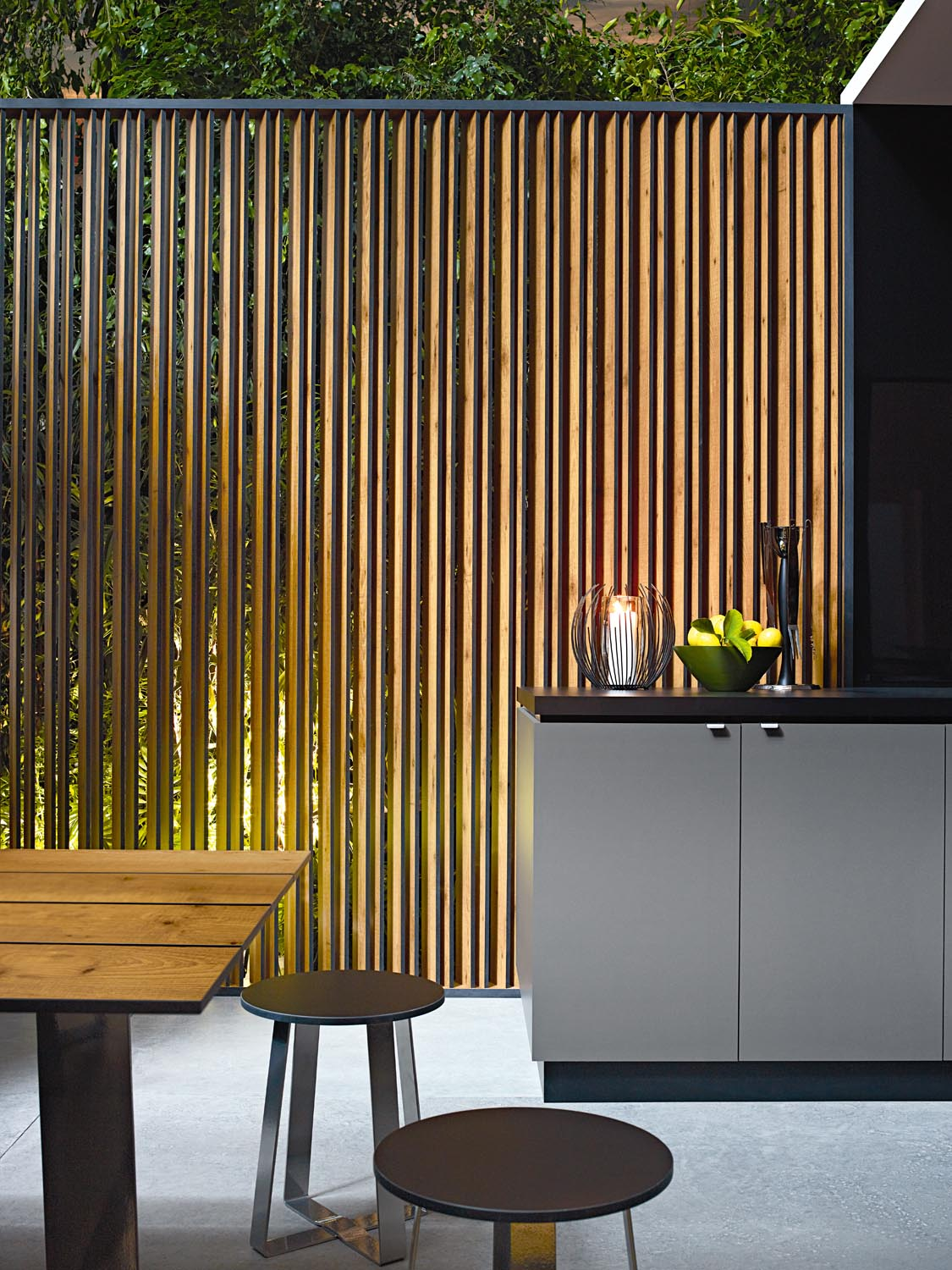 A slatted metal screen is perfect for outdoor kitchens
