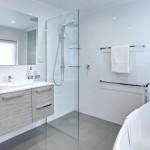 Family-sized luxury bathroom