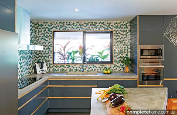 Colour play: Eye-catching kitchen