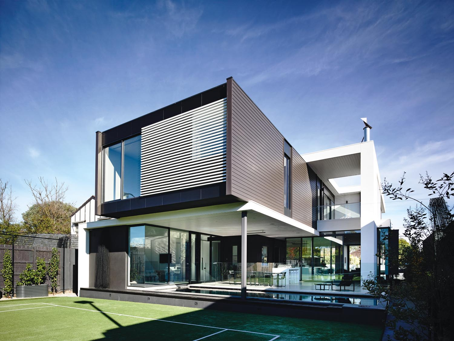 Grand designs australia south melbourne statement for Grand home designs
