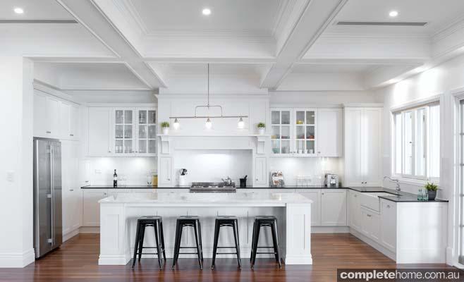 All-white kitchen beauty