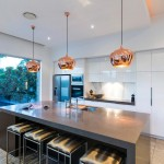 Copper-coloured beauty: A kitchen to top