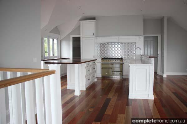 BHV046_Farm Houses of Australia_Heatherbrae - Kitchen