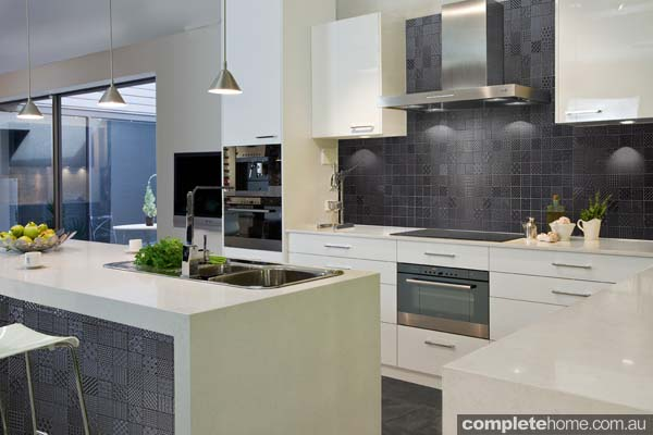 Patchwork splashback: Attention seeker